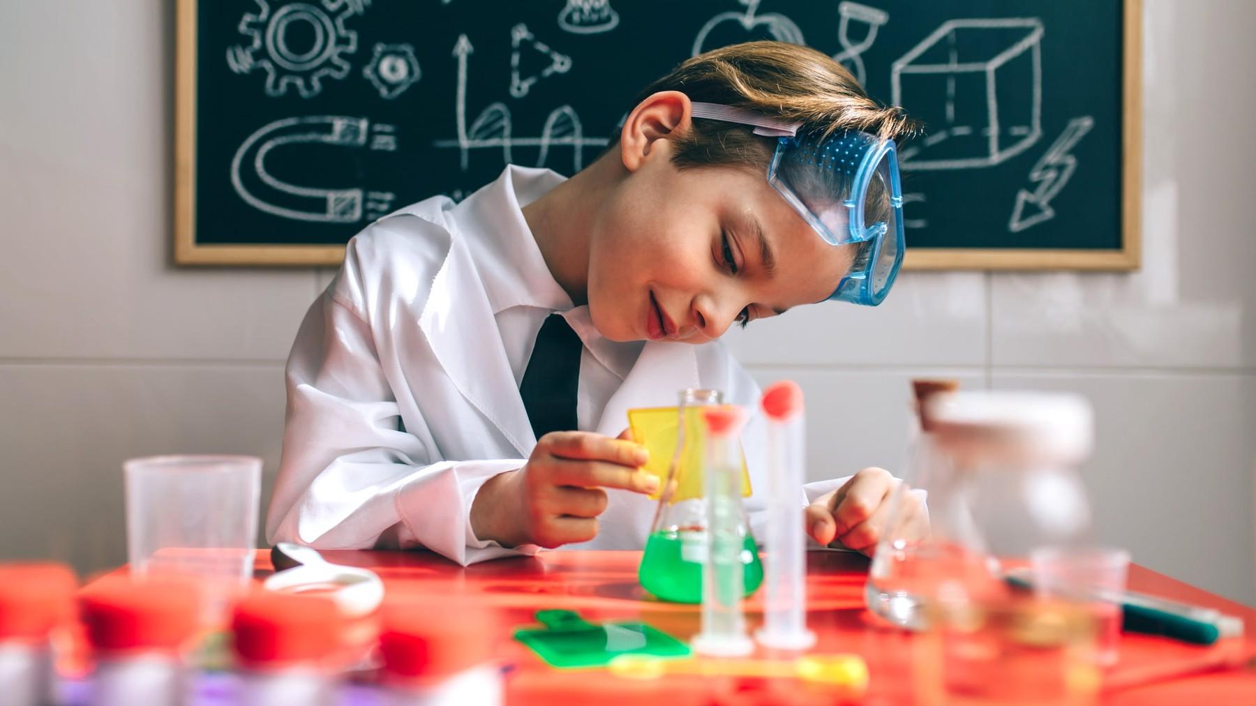 Materiales e ingredientes para hacer actividades con los chicos